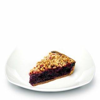 Blueberry Crumble Pie with Truvía® Baking Blend