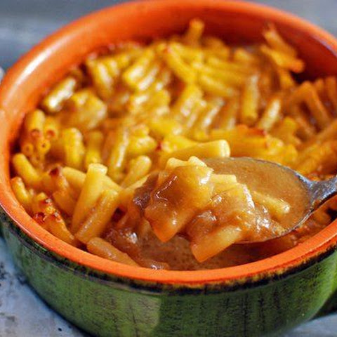 French Onion Soup with Mac and Cheese Croutons