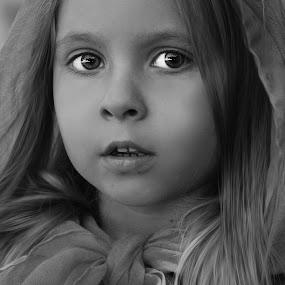 riding hood by Julian Markov - Black & White Portraits & People