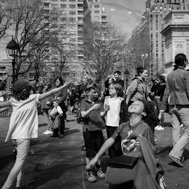 Sunny Day in NYC's Washington Square Park by Victor Mirontschuk - City,  Street & Park  City Parks ( cities, parks, children, places, spring,  )