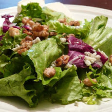 Spring Salad With Gorgonzola and Walnuts