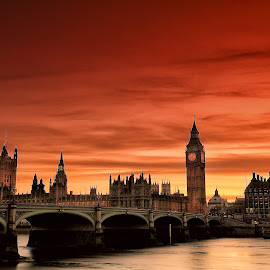 Sunset in the City by Ina Herliana Koswara - City,  Street & Park  Skylines ( skyline, london, sunset, skyscape, city )