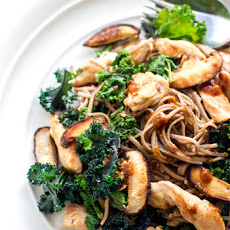Kale With Buckwheat Soba Noodles & Miso Dressing