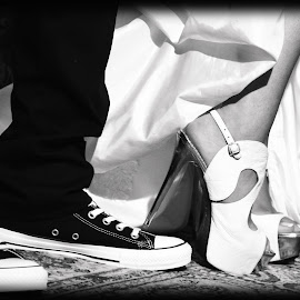 push by Jo Polyxromos - Wedding Details ( details, black and white, wedding, greece )