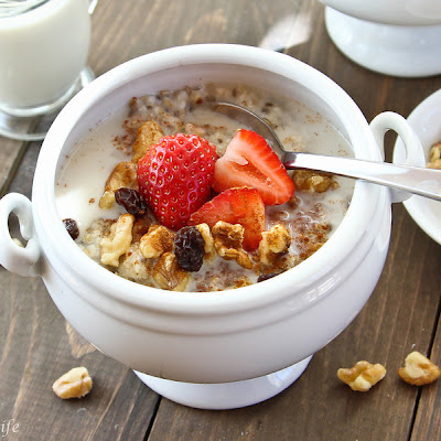 Ancient Power Oatmeal with Chia and Flax