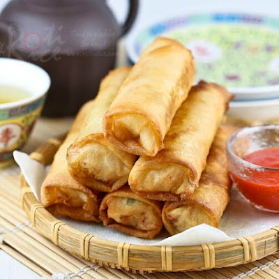 Fried Popiah (Spring Rolls)