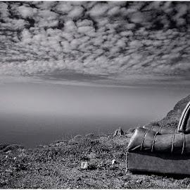 _Pan-O-Rama-Sessel_ by Rena Sap - Artistic Objects Furniture ( chair, monochrome, black and white, vueltas, fine art, arm char, rena sap, la gomera, valle gran rey )