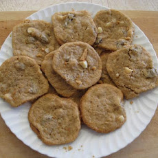 Vegan White Chocolate Chunk Macadamia Nut Cookies!!!