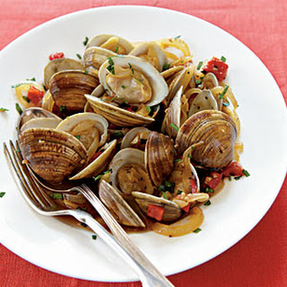 Spanish-Style Clams with Red Peppers and Sherry