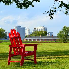 by Alexandra Tudor - City,  Street & Park  City Parks ( chair, red, nature, green )