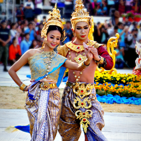 Siam Culture Dacne. by Ian Gledhill - News & Events World Events ( history, dancing, siam, events, thailand, asia, festival, dance, entertainment, culture,  )