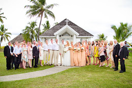 Big family attending a Sheraton Fiji wedding