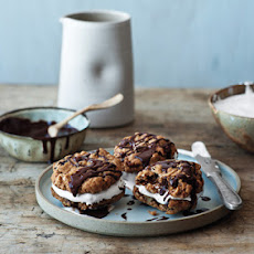 Chocolate-Oatmeal Moon Pies