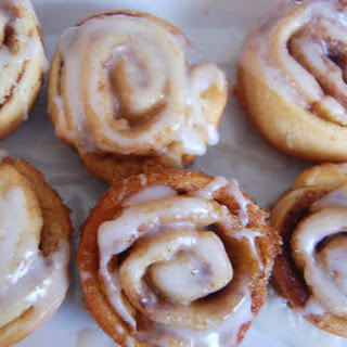 Mini Cinnamon Rolls with Icing