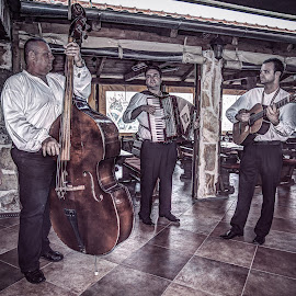 Bosanka, Croatia 001 by IP Maesstro - People Musicians & Entertainers ( music, band, hdr, ip maesstro, croatia, caffe )