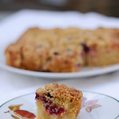 Blackberry And Apple Crumble Tray Bake Cake