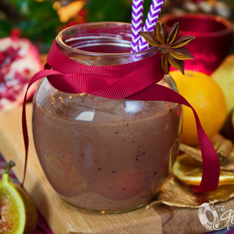 Luscious and Rich Christmas Plum Pudding Smoothie; A Right Royal Treat!