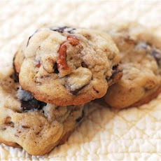 Chocolate Chunk Pretzel Cookies