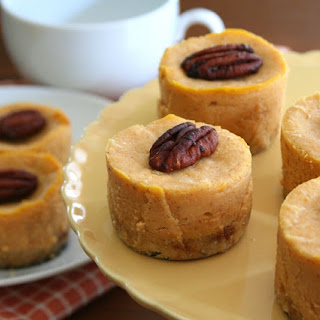 Mini Maple Pumpkin Cheesecakes – Low Carb and Gluten Free