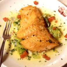 Saumon aux Poireaux (Filet of Salmon with Stewed Leeks)