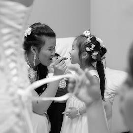 by David Drufke - Wedding Getting Ready