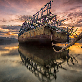 Parking by Fadli 'Zazg' - Transportation Boats