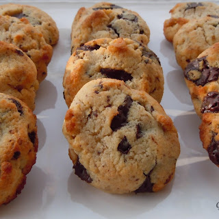 Chocolate Chip Cookies w/ Walnuts