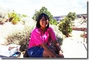 Jeune femme Navajo vendant des bijoux Canyon de Chelly