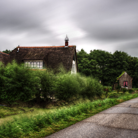 The little house in the park by Mike Bing - City,  Street & Park  City Parks ( heiloo, maalwater, hdr, green, longexposure )