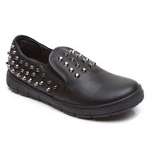 AM66 Studded Slip On CANVAS