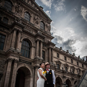 Pierre and Sze by Pierre Husson - Wedding Bride & Groom ( paris, wedding photography, le louvre, to be in love, together,  )