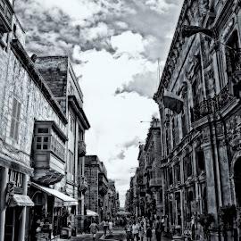 Merchant str. by Lino Chetcuti - City,  Street & Park  Markets & Shops