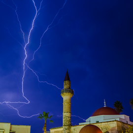 lightning night by George Papapostolou - City,  Street & Park  Night ( kos, lightning, nightshot, night, architecture, storm, nikon, island, city )