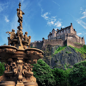 Edinburgh by Gabriel Catalin - Buildings & Architecture Statues & Monuments ( landmark, scotland, edinburgh, fountain, castle, parc )