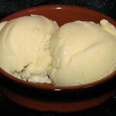 Deliciously Tart Lemon Ice Cream