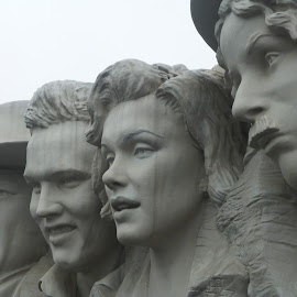 THE GREASTEST by Robin Hennon - Buildings & Architecture Statues & Monuments