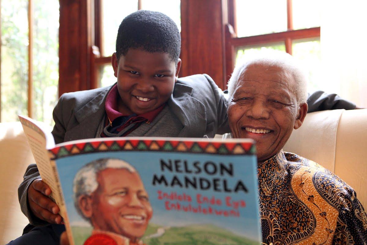兒童版的《漫漫自由路》:2009 年,尼爾森.曼德拉的自傳《漫漫自由路》發行者發行了兒童版。