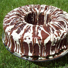 Chocolate Crown Pound Cake