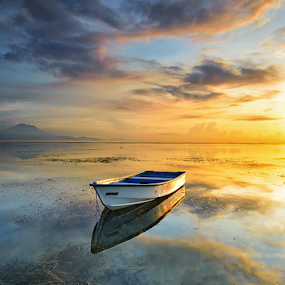 Morning Reflections by Hendri Suhandi - Landscapes Waterscapes ( clouds, bali, sanur, reflections, seascape, travel, sunrise, beach, morning )