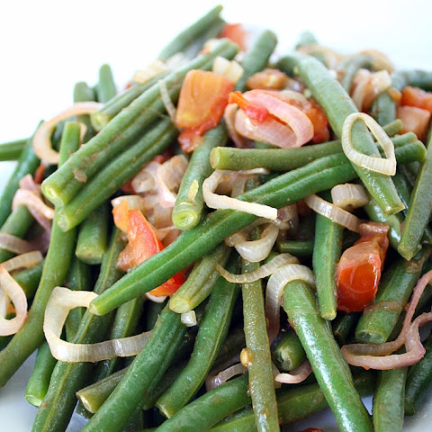 Green Beans with Warm Shallot Dressing