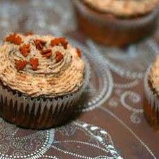 Gingerbread Latte Cupcakes: Eggnog Latte Needed a Friend