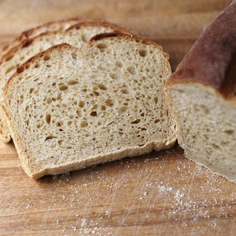 Pearsauce or Applesauce Bread