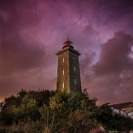 Lighthouse by João Rocha - Buildings & Architecture Public & Historical ( clouds, lighthouse, portugal )
