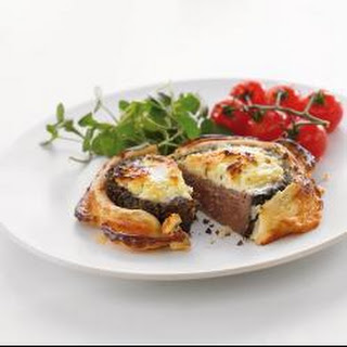 Peppered Beef En Croute