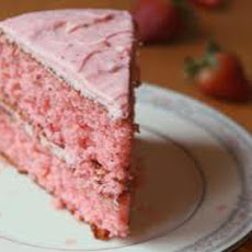 Fresh Strawberry Sponge Cake