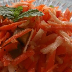 Shredded Apple Carrot Salad