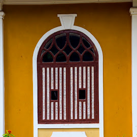 Old Window Style VIII by Sohil Laad - Buildings & Architecture Other Exteriors ( tourist, goa, street, windows, travel )