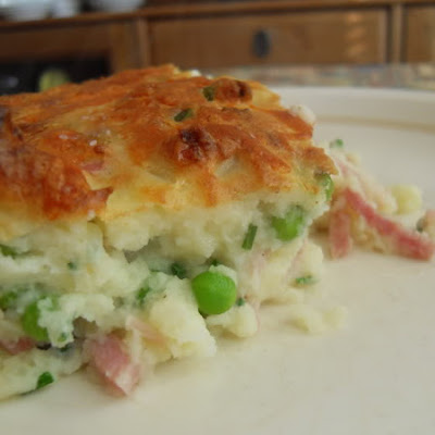 Mashed Potato Pie with Ham, Peas, Cheese and Chives