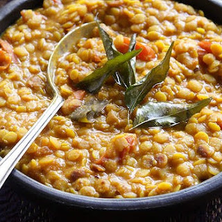 Split Peas With Cherry Tomatoes And Fresh Curry Leaves