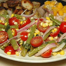Green Bean Salad With Corn, Cherry Tomatoes & Basil